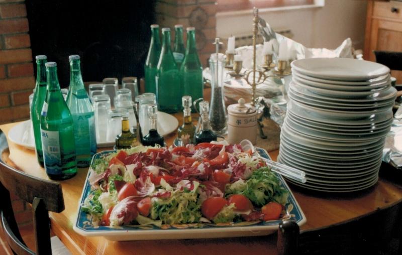 Ich lernte vegane Salatsaucen zuzubereiten.